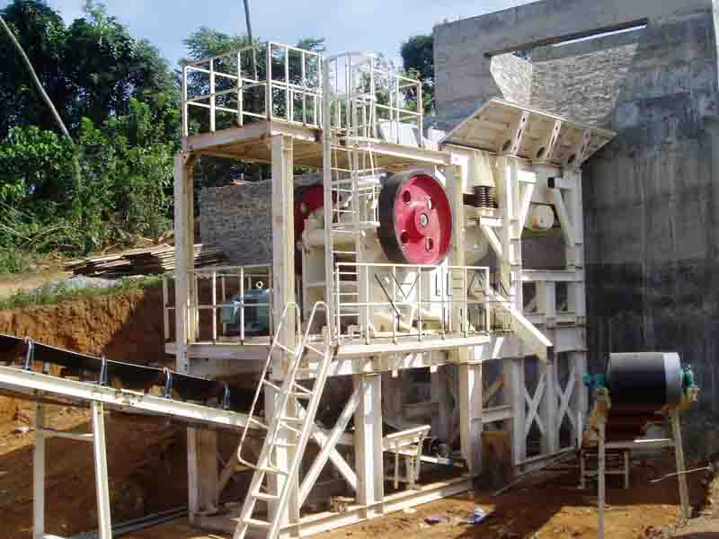 A set of stone production line has worked successfully in Sri Lanka